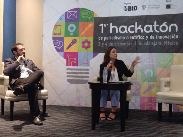 Pere Estupinyá y Debbie Pochner en el Hackatón del 2014.